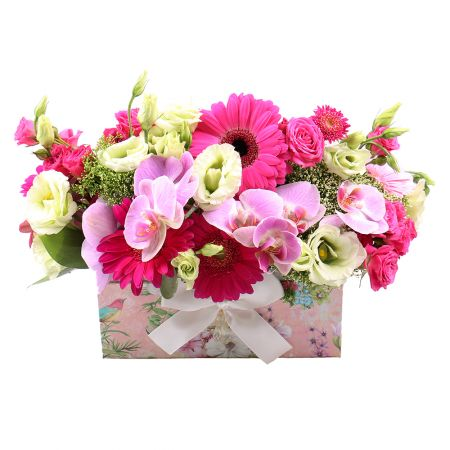 Buy the fabulous flower arrangement with delivery